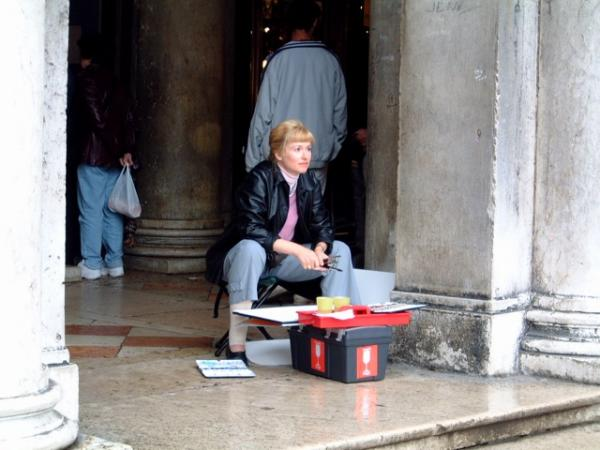 Painting in Venice (2002)
