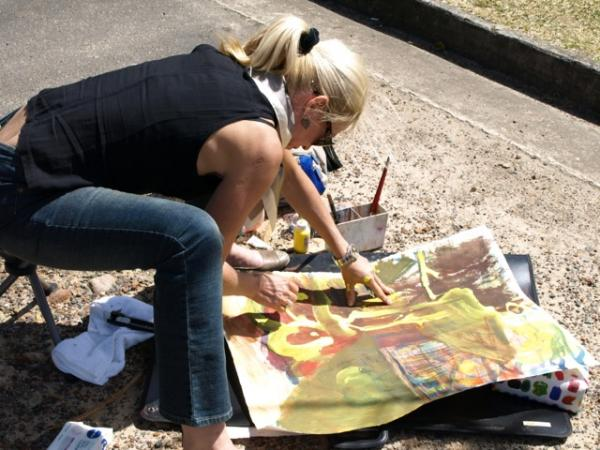 Painting outside at Bobbin Head in Sydney